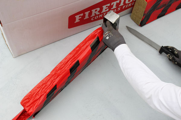 Image 10: Cut the FIRETIGHT®